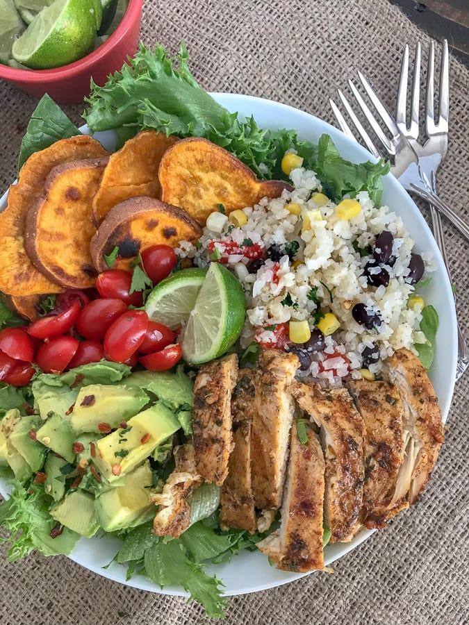 Jamaican Jerk Chicken Bowls | https://withpeanutbutterontop.com